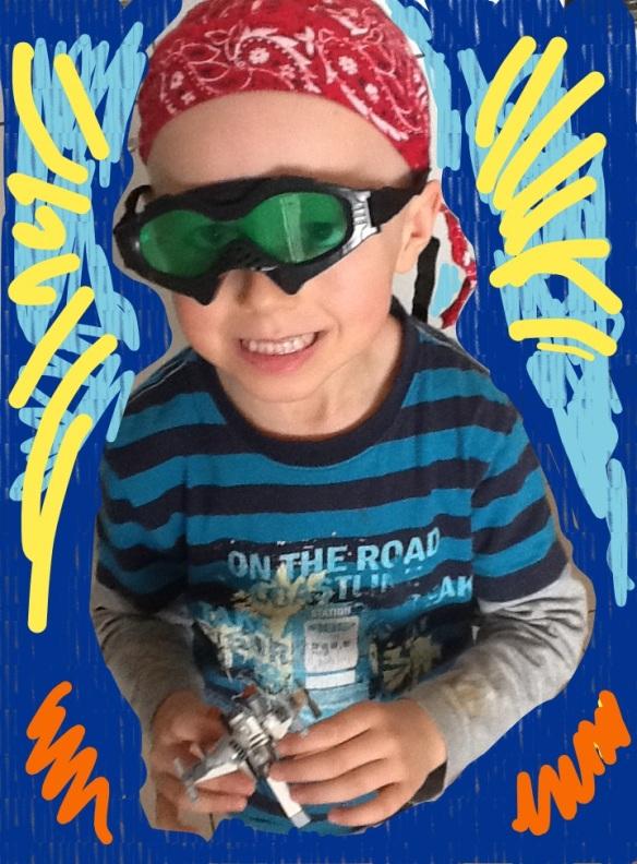 Conseils pour les adultes atteints d'un cancer de la part d'un garçon de 5 ans. Voici un regard enjoué sur le cancer du point de vue de mon fils, Elliot, qui n'avait que 4 ans et demi au moment du diagnostic. Je sais que beaucoup d'adultes qui ont le cancer, ou qui aident une personne atteinte de cancer, comprendront... suite...